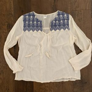 Old Navy Cream Blue Embroidered Long Sleeve Blouse